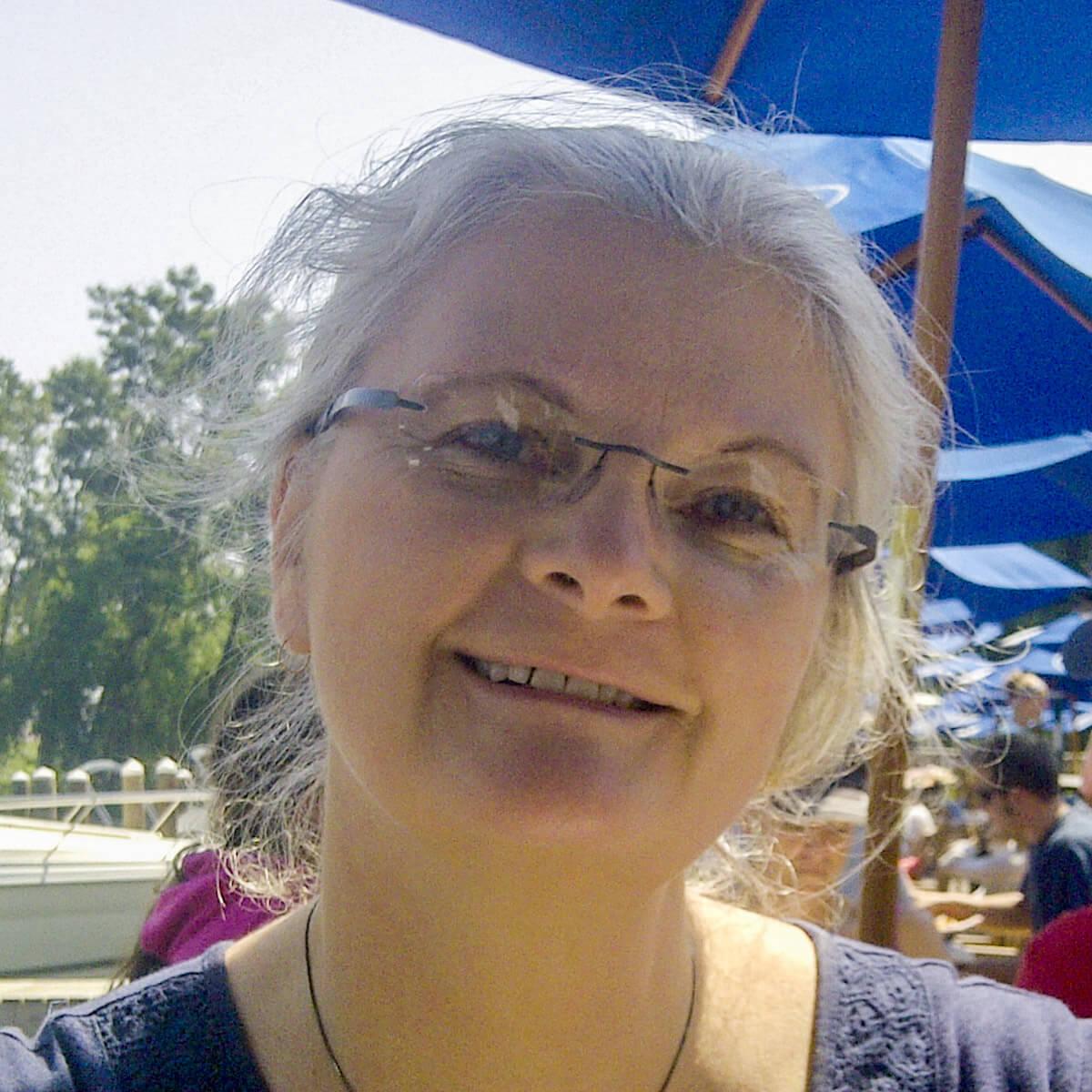 Bobbi Perreault